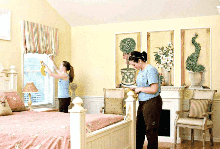 A Checklist To Clean Your Bedroom