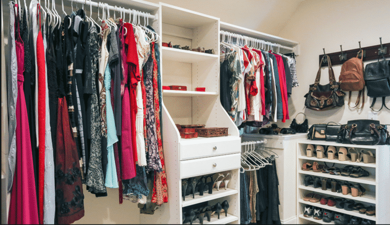 Easy-Ways-to-Get-Your-Closet-Organized-
