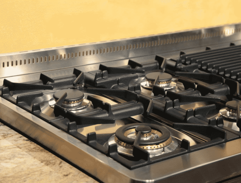 Tips For Cleaning That Gap Between Your Stove And The Kitchen Countertop